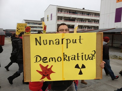 Protests agaiin uranium mining Nuuk