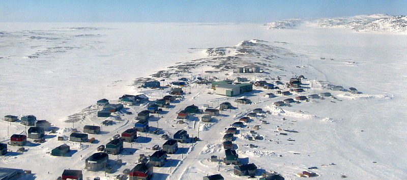Aerial view of the Northern Community of Akulivik in Nunavik (North of Quebec). Photo credit: Chouch.